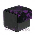 Odinė prezervatyvų dėžutė (juoda/violetiniai neriniai)